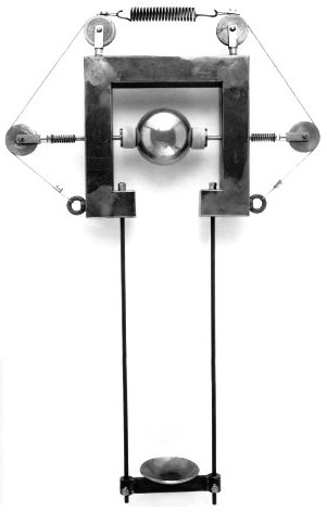 Zgraggen, Newton, macchina per polverizzare un oggetto, 2005