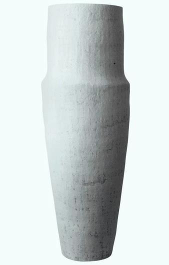 Kristina Riska, Winter Urn l, 2016