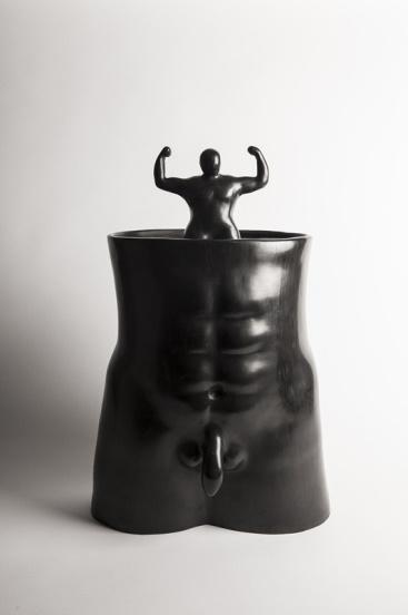 Ugo La Pietra, Una forza interiore, vaso
