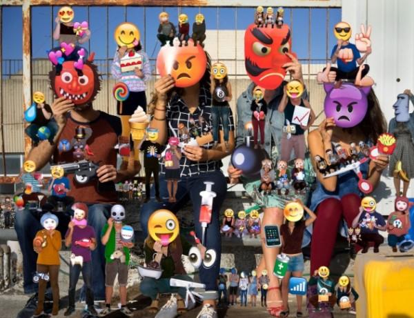 Olaf Breuning, Emojis, 2014