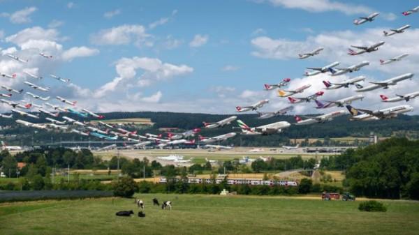 Mike Kelley, Flughafen Zürich 28 and 16 (Visual Separation), 2015